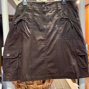 Cute twill skirt in Dark Brown.  Casual but cute!
